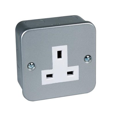 Metal Clad Unswitched Socket Single 13Amp BS1363 pt2